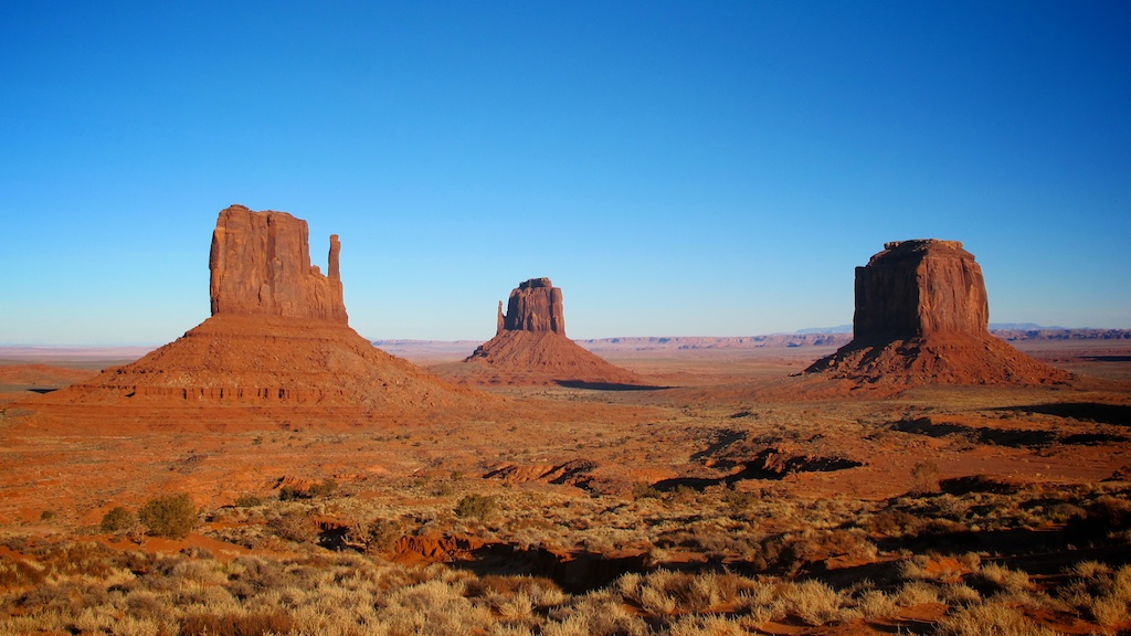 Motels, Buttes and Hoodoos